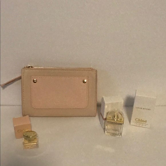 ee8893f39ff6 Chloe pouch with deluxe samples.